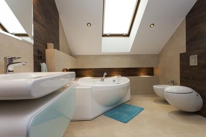 Bad mit Dachschrägen
